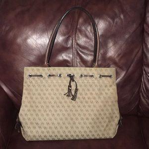 863a082e499f Women's Belk Handbags Dooney And Bourke on Poshmark